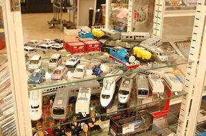コスモスペースではトミカ・プラレールなどの商品の買取と販売を強化しています!