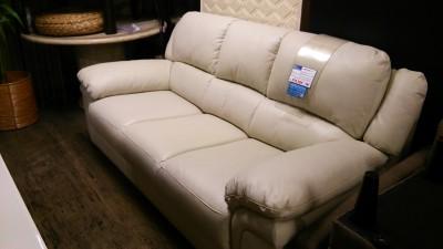 新品白ソファー2