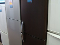 戸田256冷蔵庫1