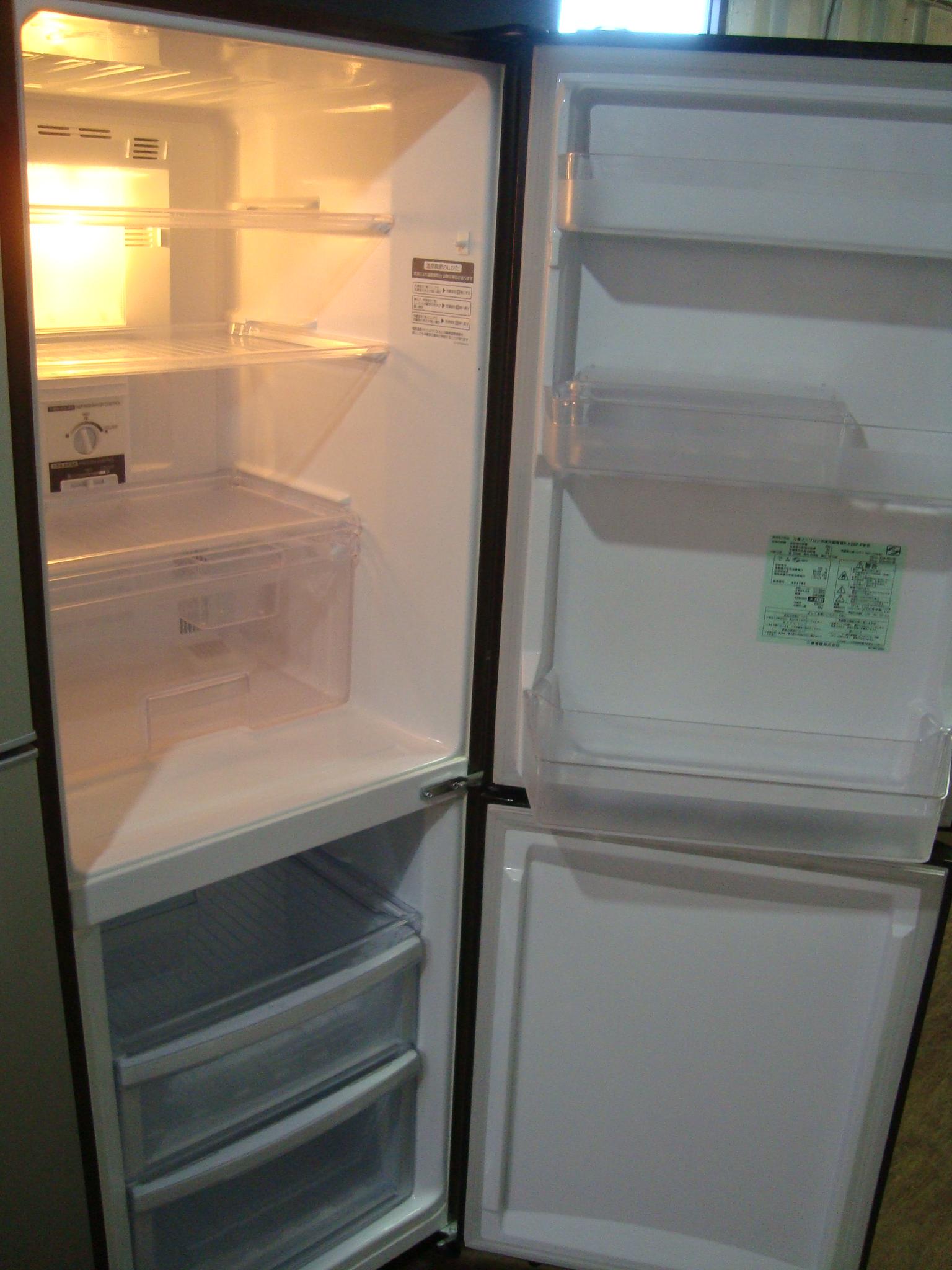 戸田256冷蔵庫2