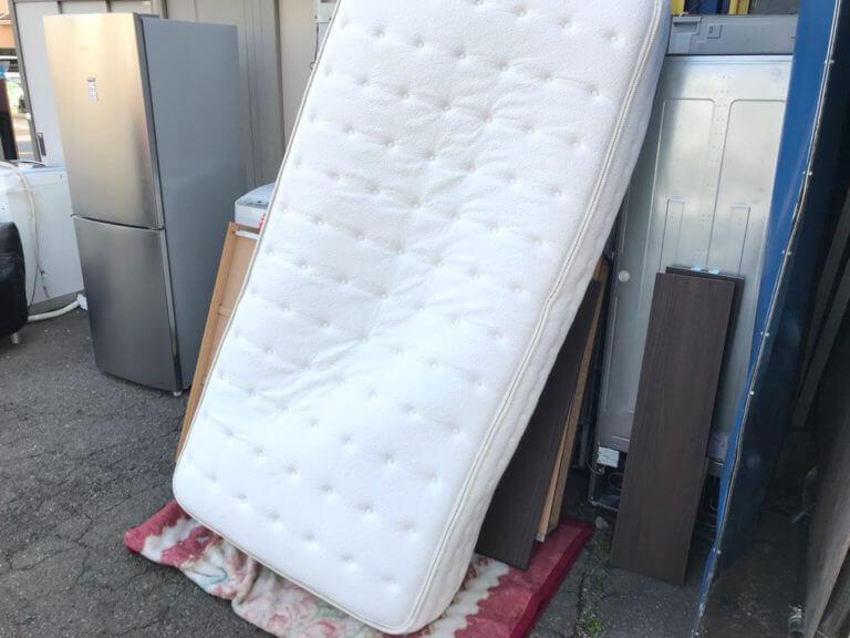 シングルベッドの不用品回収