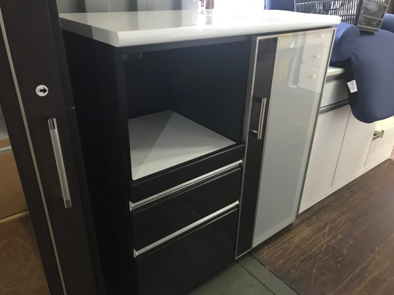 ブラック基調 キッチンカウンター