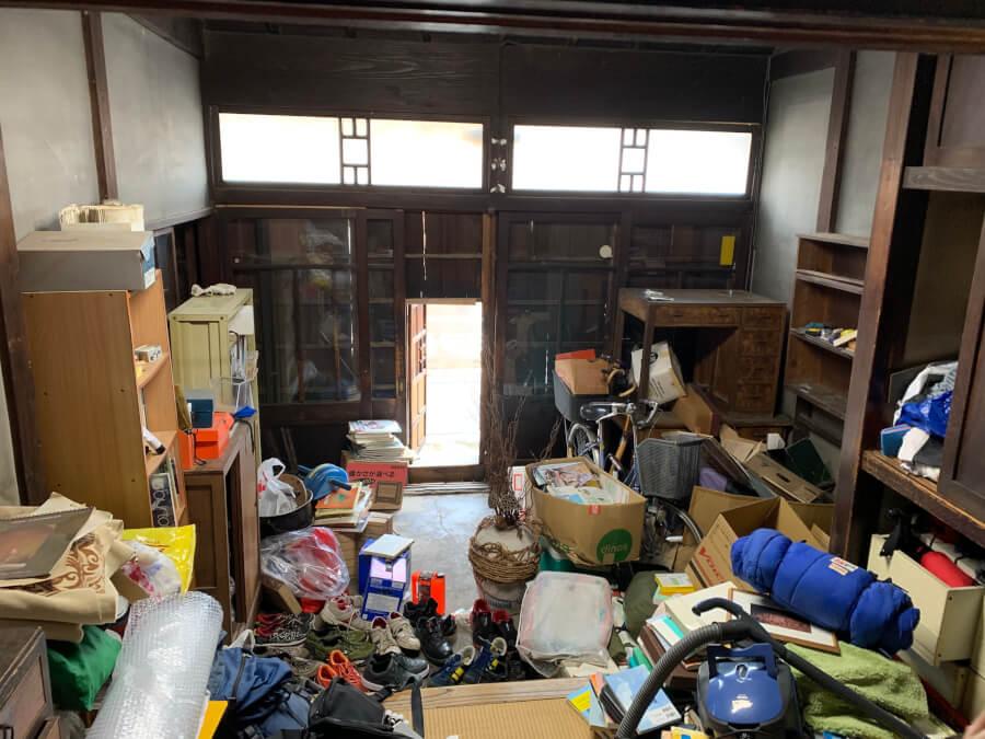 遺品整理 建物解体前のお部屋のお片付け